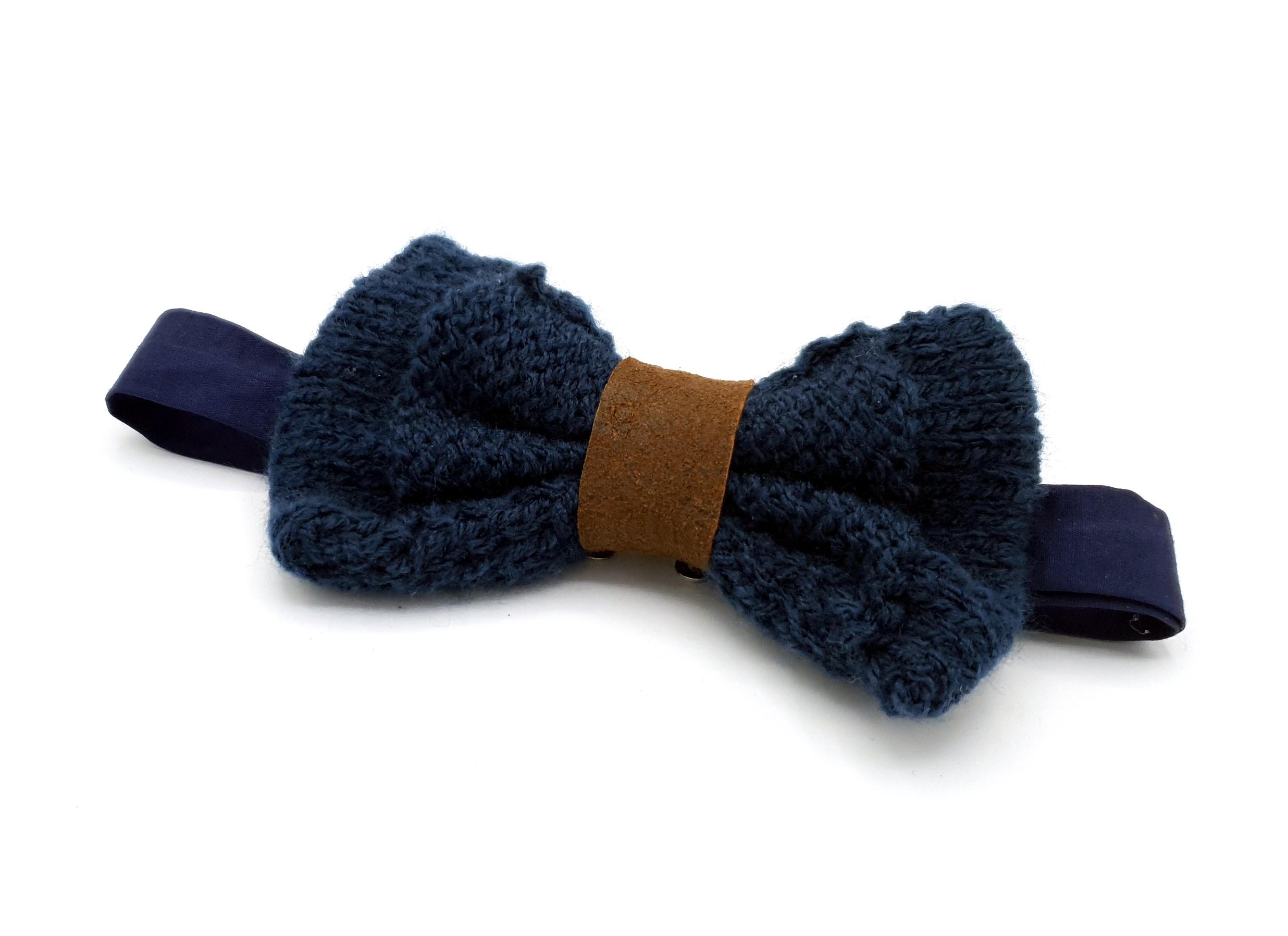 83658f555115f Noeud papillon laine bleu nuit et cuir marron - Oretoile